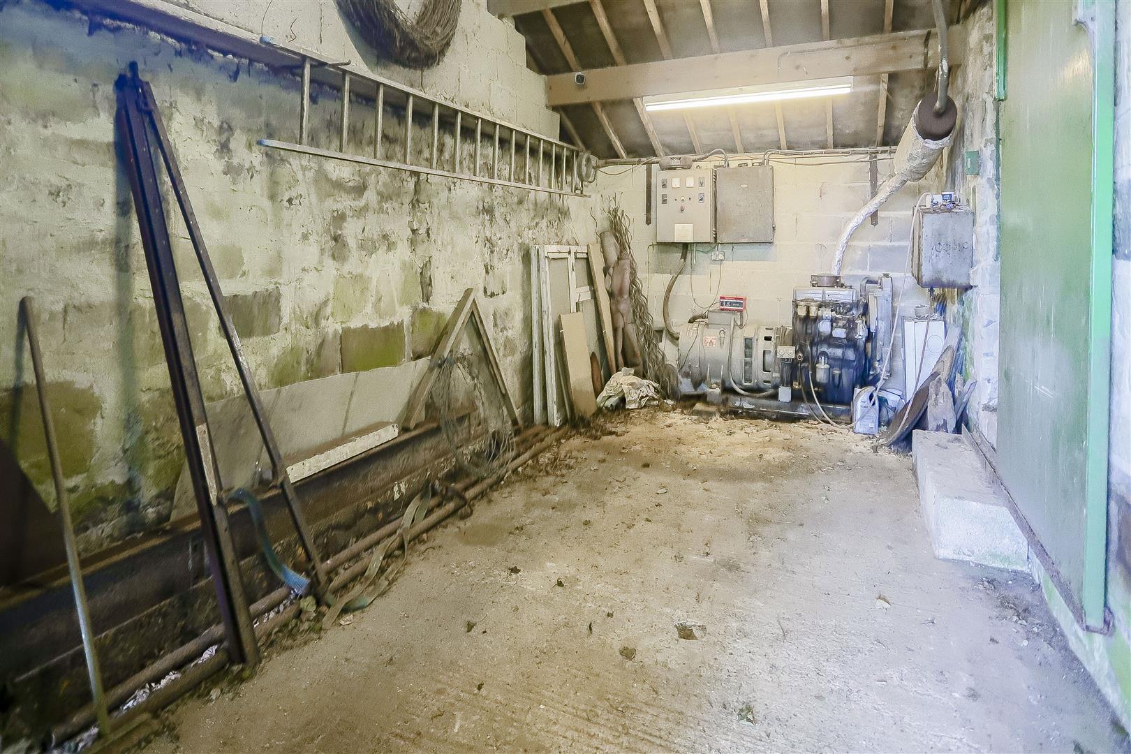 2 Bedroom Barn Conversion For Sale - IMG_2389.jpg